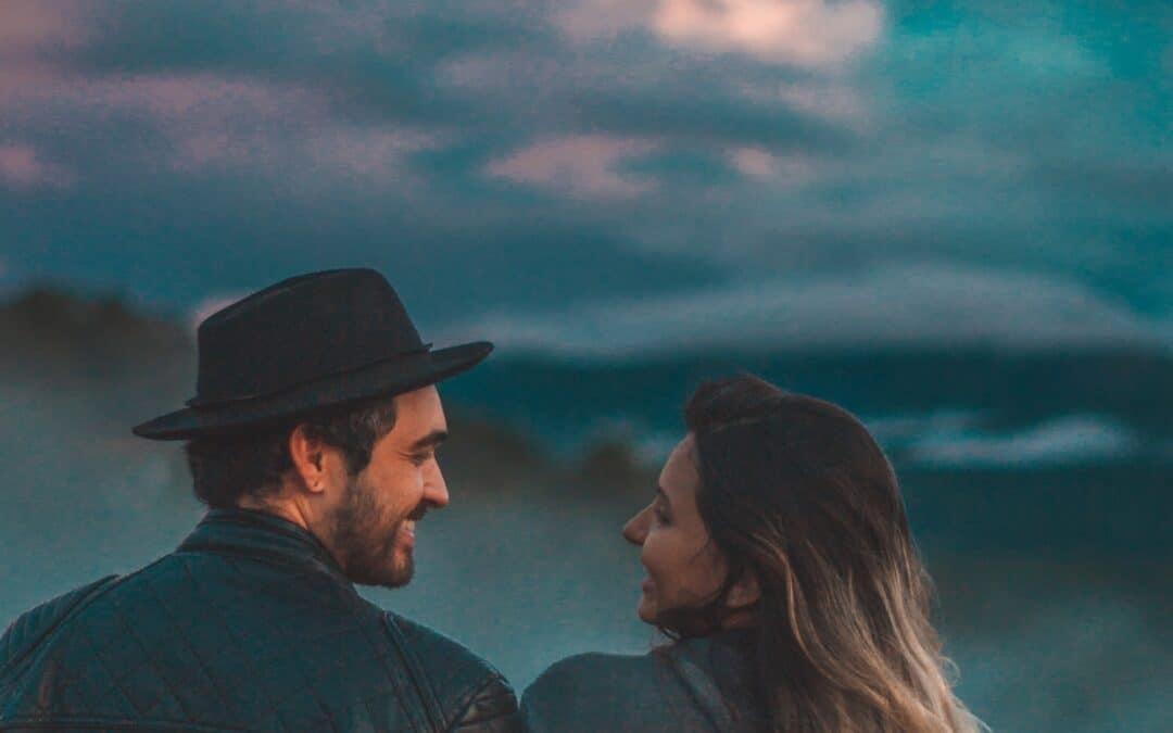 Μπορούν οι άνδρες και οι γυναίκες να είναι απλά φίλοι;
